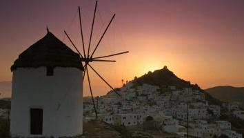 Ίος: Το απρόσμενα μαγευτικό νησί των Κυκλάδων