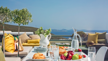 Win a 3 night stay at Melograno Luxury Villas, on Astypalaia island!