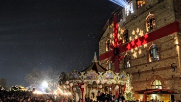 7 destinations for a magical holiday season in Greece