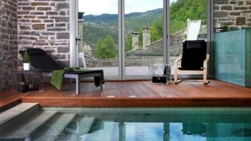 Indulge in the fairytale landscape of Mikro Papigo 1700 Hotel & Spa