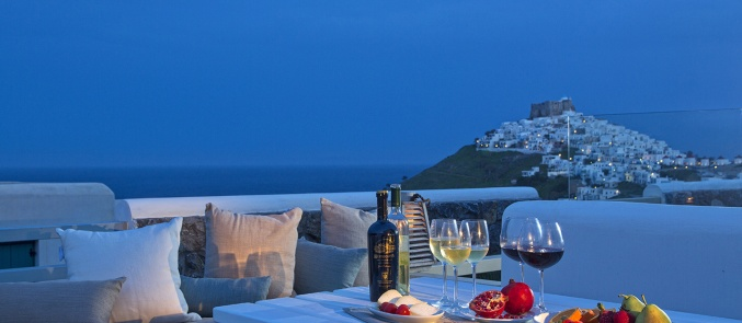 Idyllic stay with a view to the Castle of Astypalaia