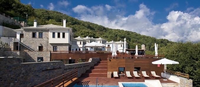 12 Months Luxury Resort: Σεπτέμβρης στη φύση της Τσαγκαράδας με spa και δείπνο