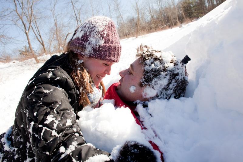 Резултат со слика за lovers in snow