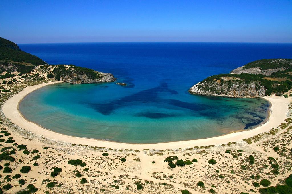 Top beaches in peloponnese destinations tr sor hotels for Best beach travel destinations