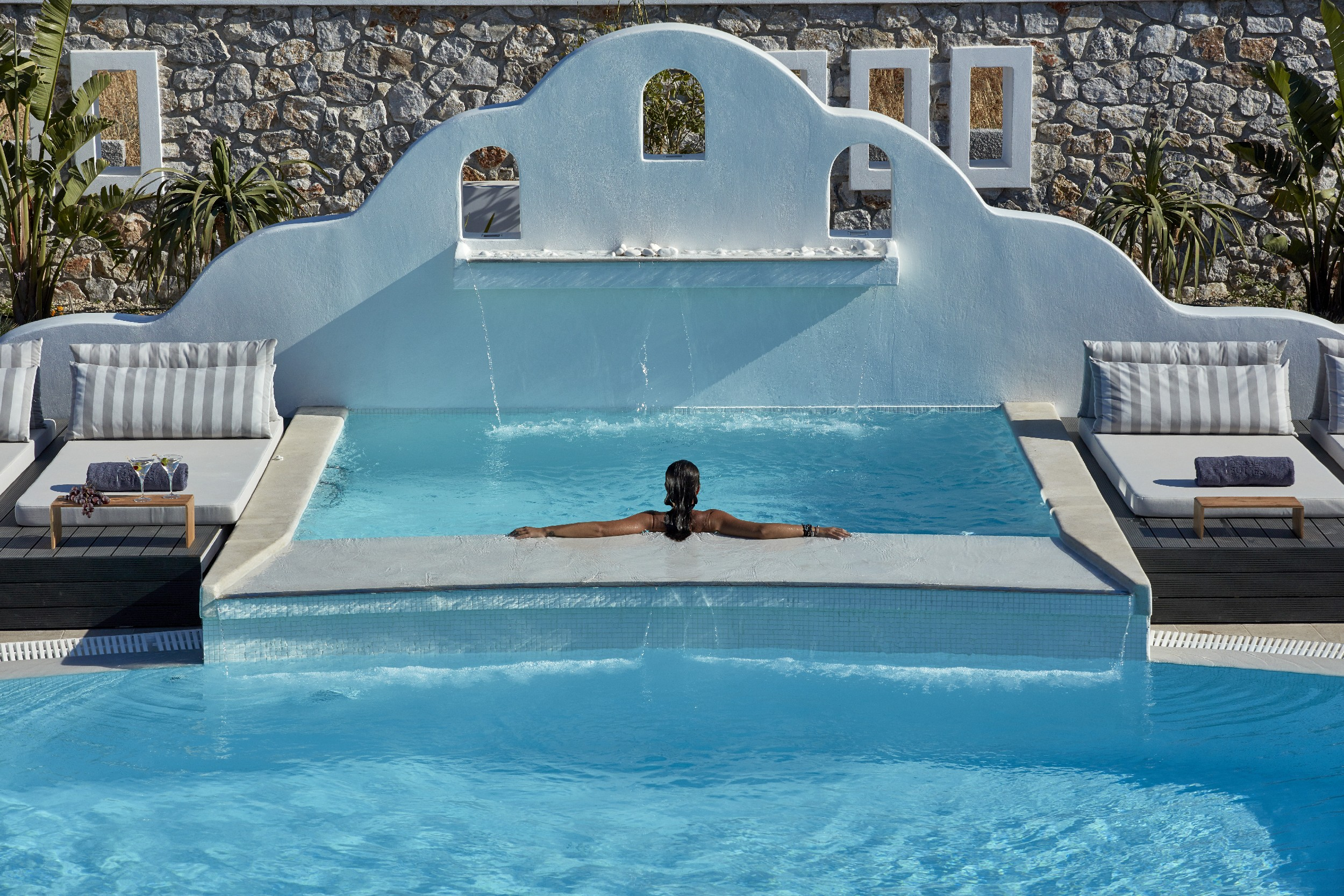 Top 10 swimming pools in the aegean hotels tr sor for Top 10 swimming pools