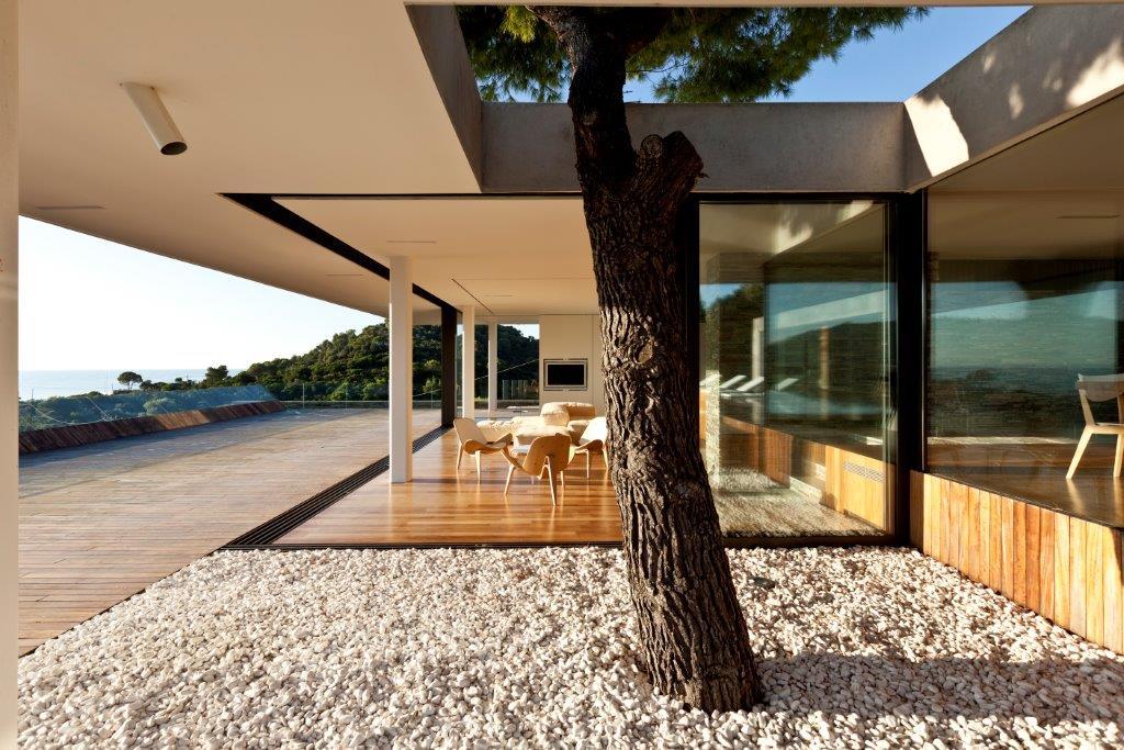 plane house villa