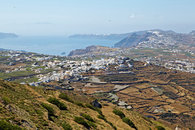 Pyrgos: A village not to be missed in Santorini ...