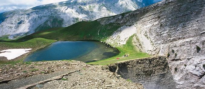Τύμφη: Η λίμνη των δράκων - Προορισμοί - Trésor Hotels & Resorts